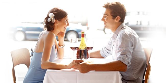 4 Topik Berbicara Yang Patut Anda Hindari Ketika First Date