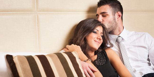 4 Cara Mudah Membuatkan Suami Ghairah Malam Ini