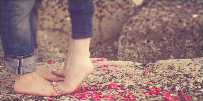 7 Jenis Ciuman Yang Mampu Membuatkan Pasangan Mabuk Kepayang