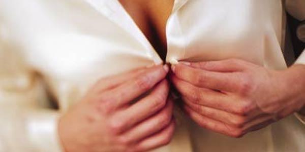 6 Manfaat Menghisap Payudara Wanita