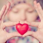 8 Cara Mengungkapkan Cinta Tanpa Kata-Kata