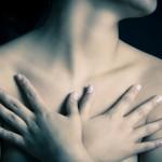 4 Cara Menghisap Payudara Dengan Betul